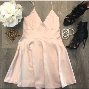 Light Pink Semi-Formal Dress SIZE: SMALL